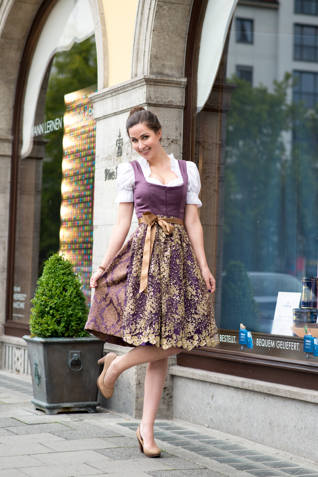 Lindarella-Dirndl-selbernähen-München-Oktoberfest-Fashionblogger-1