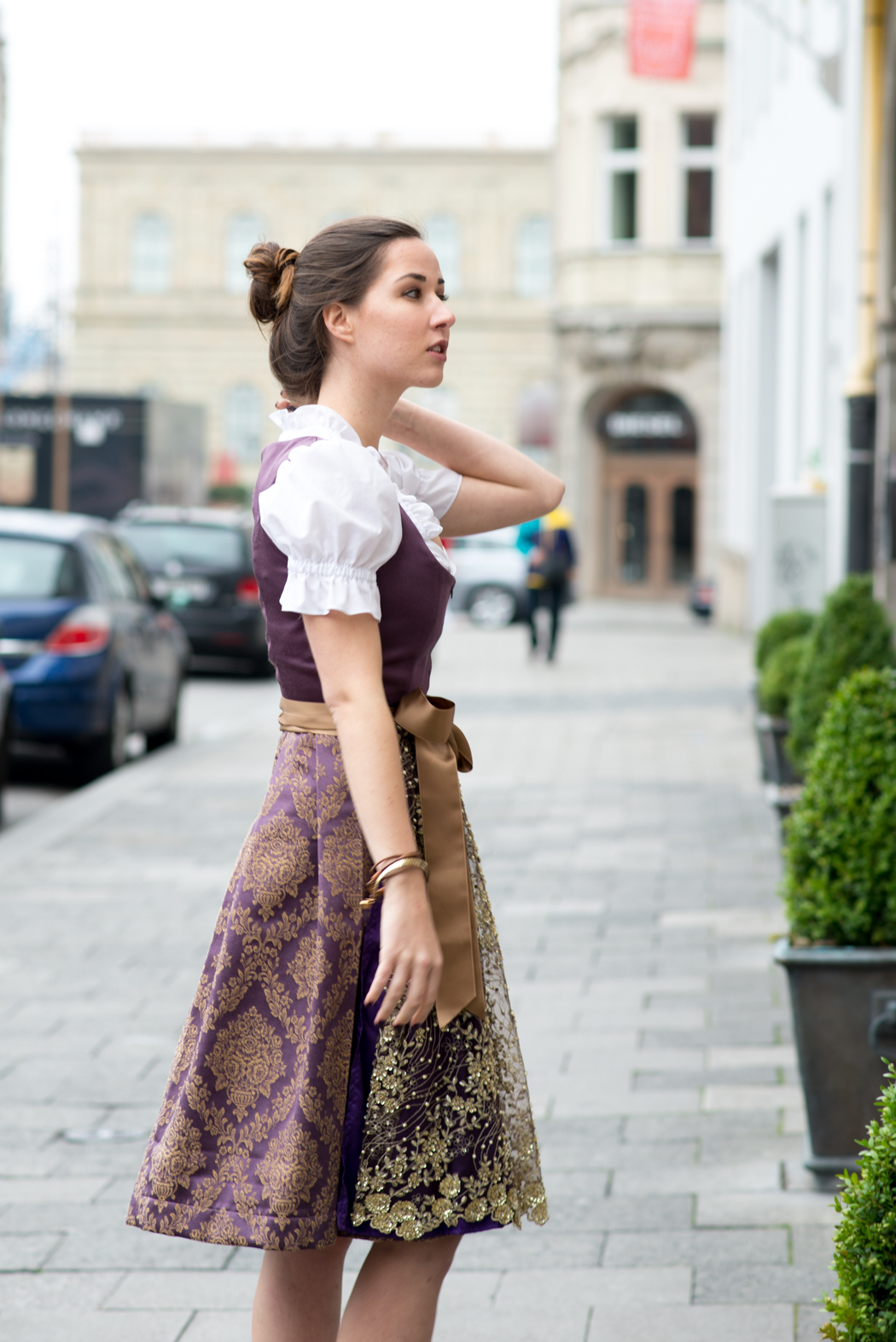 Lindarella-Dirndl-selbernähen-München-Oktoberfest-Fashionblogger-3
