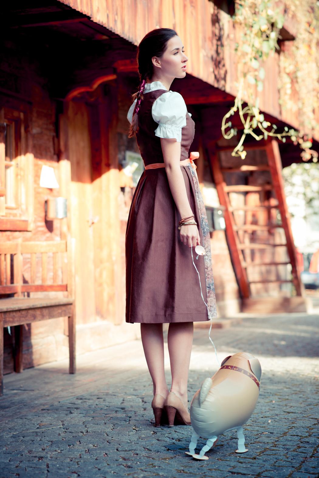 Dirndl-Bavaria-Fashionblogger-München-Viktor-10
