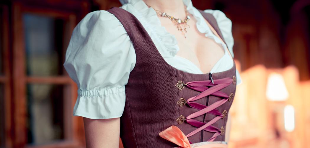 Dirndl-Bavaria-Fashionblogger-München-Viktor-header-1