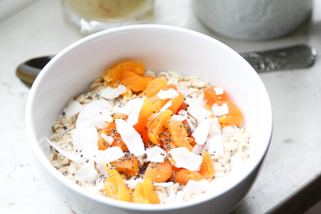 Frühstücksidee-Haferflocken-Oatmeal-Nektarine-Smoothie-Lindarella-1