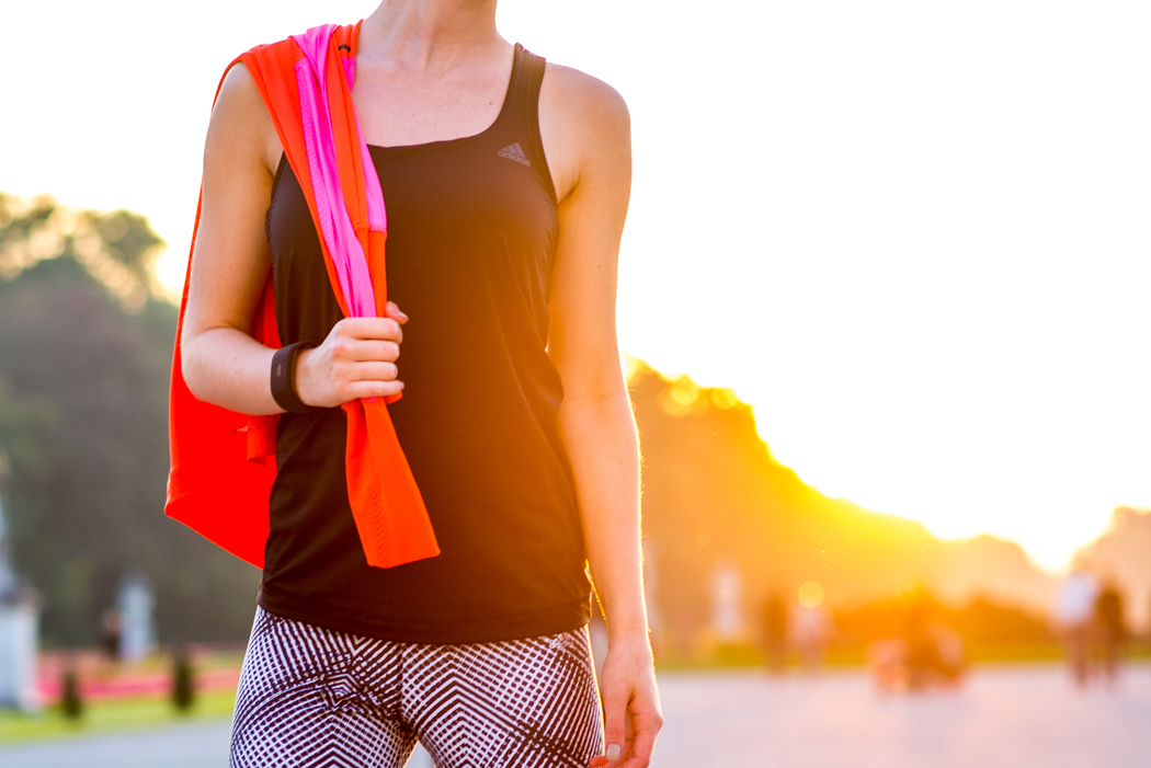 Laufoutfit-Adidas-Pink-Orange-Laufjacke-Fitnessblogger-München-1-2