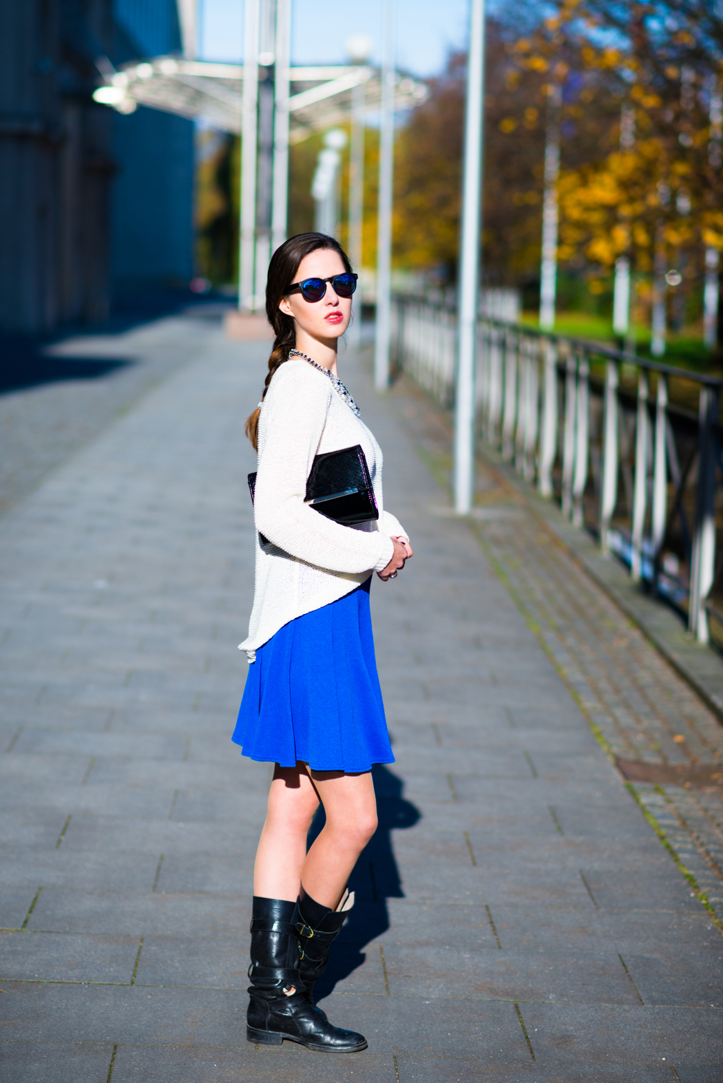 Blue-Skirt-Biker-Boots-Blugirl-Fashionblogger-Deutschland-5
