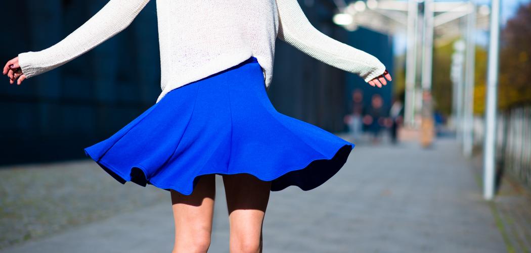 Blue-Skirt-Biker-Boots-Blugirl-Fashionblogger-Deutschland-header-1