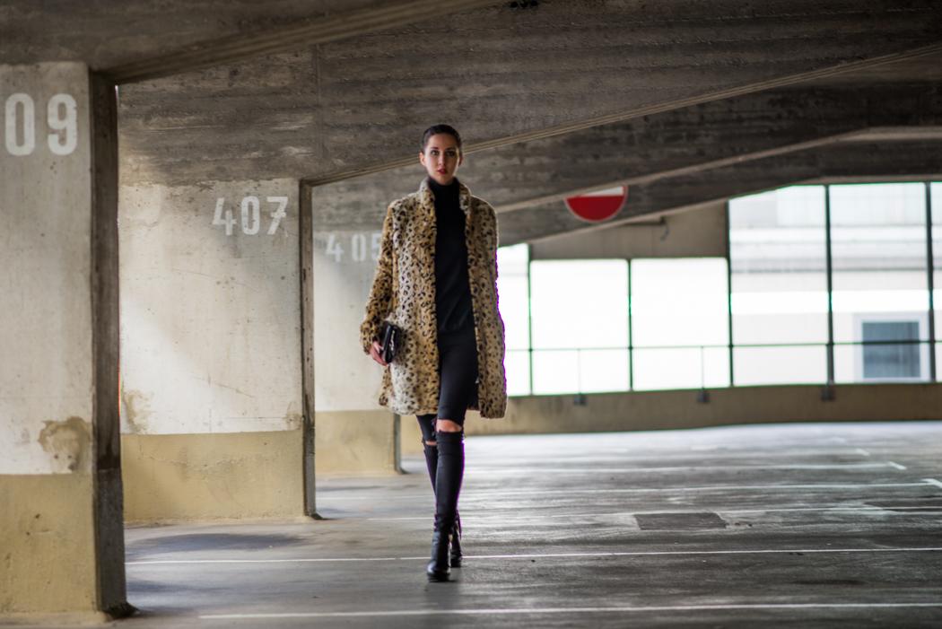 Leomantel-Ripped-Diesel-Jeans-Fashionblogger-Lindarella-1