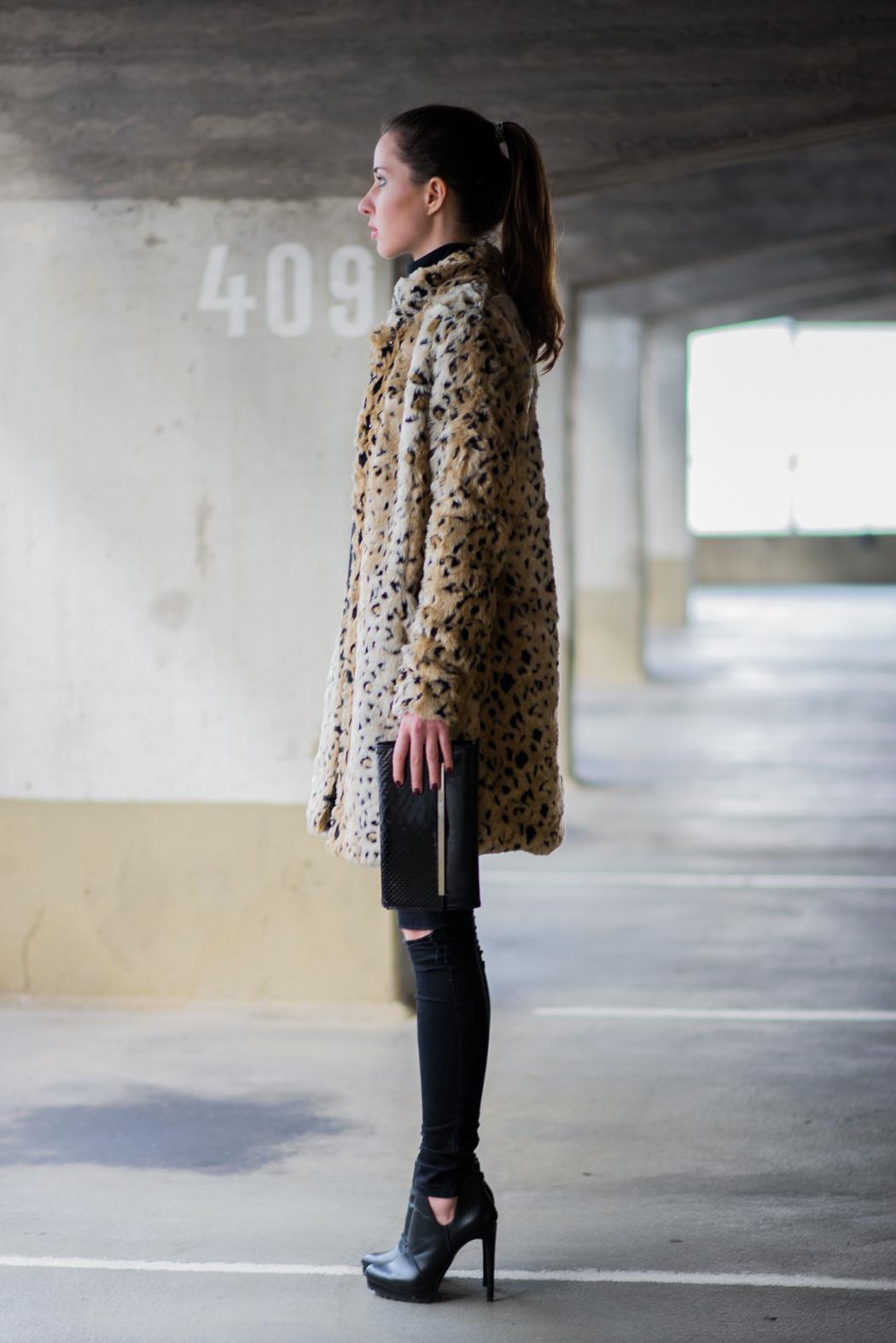 Leomantel-Ripped-Diesel-Jeans-Fashionblogger-Lindarella-5