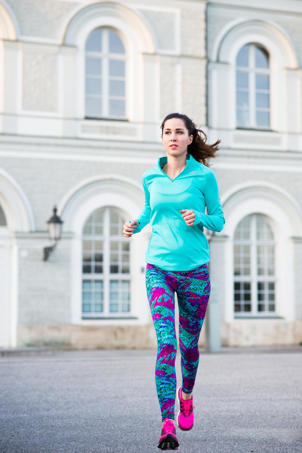 Onzie-Workoutgear-Snakeprint-Adidas-Boost-Fitnessblogger-8