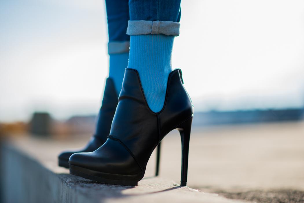 hellblau-Kurzpullover-Le-Specs-Macarena-Fashionblogger-3