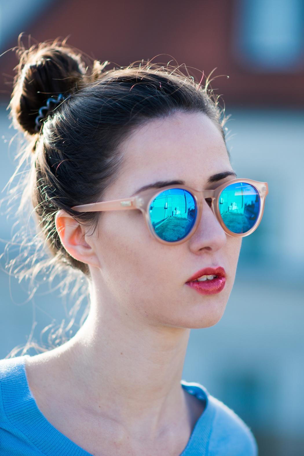 hellblau-Kurzpullover-Le-Specs-Macarena-Fashionblogger-8
