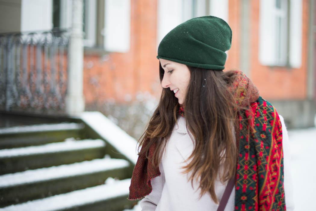 Chloe-Marcie-weinrot-Lindau-Lindarella-im-Schnee-5