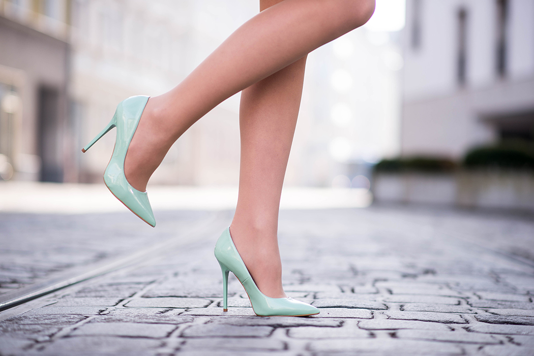 Lederkleid-beige-Zara-mint-Heels-Chloe-Marcie-weinrot-Fashionblogger-München-Fashionblog-Deutschland-Lindarella-10-web
