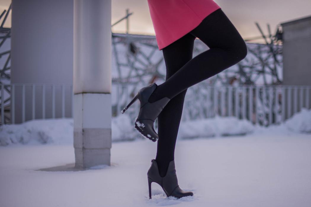 Lindarellla-Fashionblog-München-Fashionblogger-Deutschland-pinkes-Kleid-Zara-rote-Haare-Munich-4