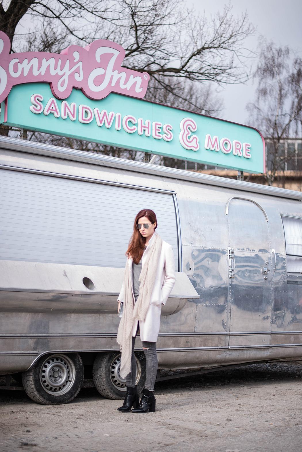 Fashionblog-München-Fashionblogger-Deutschland-Lindarella-Dior-SoReal-Sunlasses-verspiegelt-1