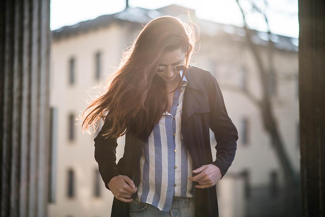 Fashionblogger-Deutschland-Fashionblog-München-Lindarella-Levis-501CT-Marinelook-Ripped-Jeans-Lindarella-6