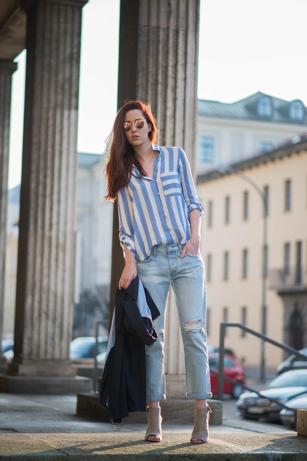 Fashionblogger-Deutschland-Fashionblog-München-Lindarella-Levis-501CT-Marinelook-Ripped-Jeans-Lindarella-9