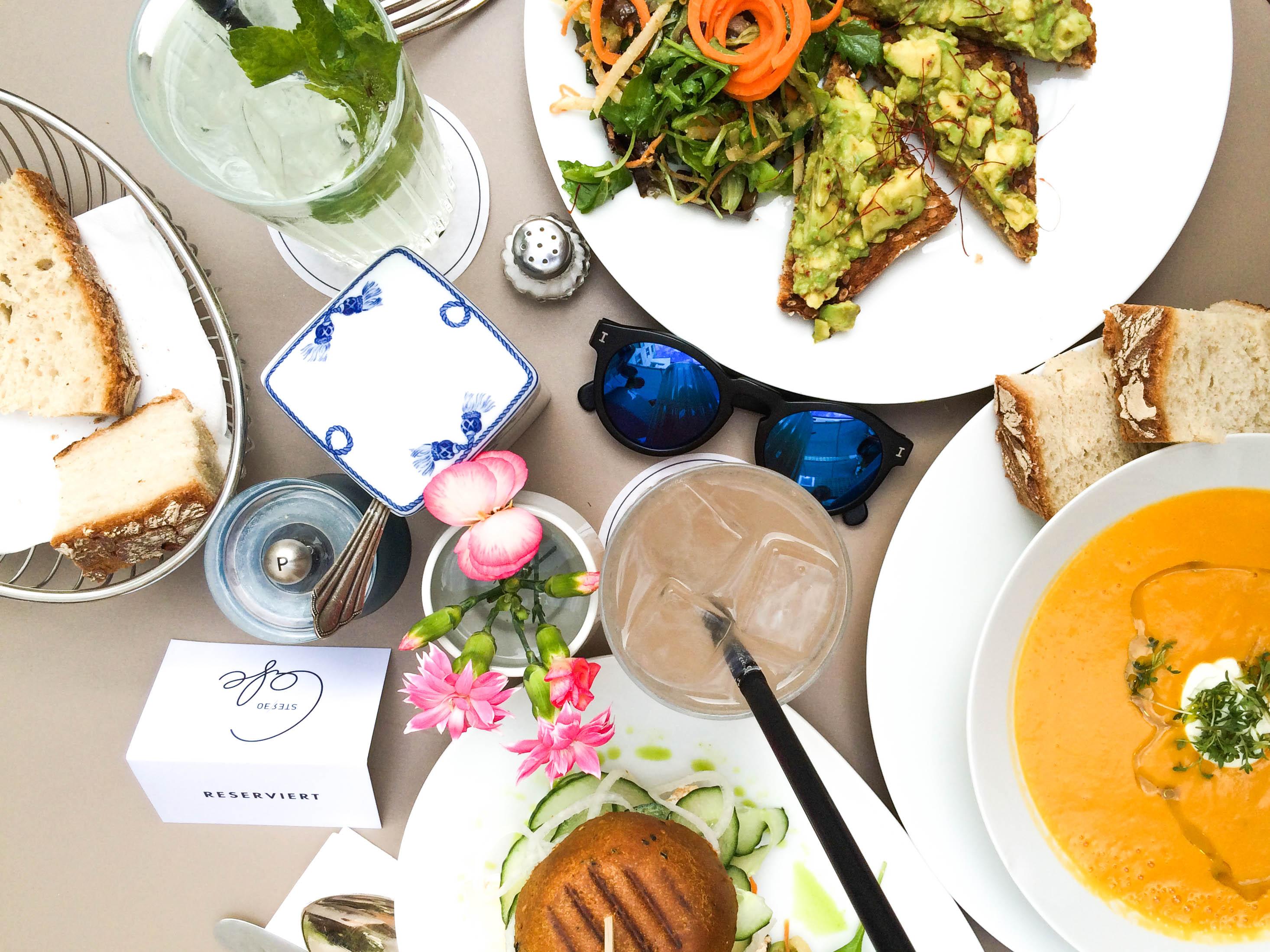 Stereo-Café-Munich-Hotspot-Lindarella-Vegan-Clean-Healthy-Foodblogger-München-Deutschland-Fitnessblog-3