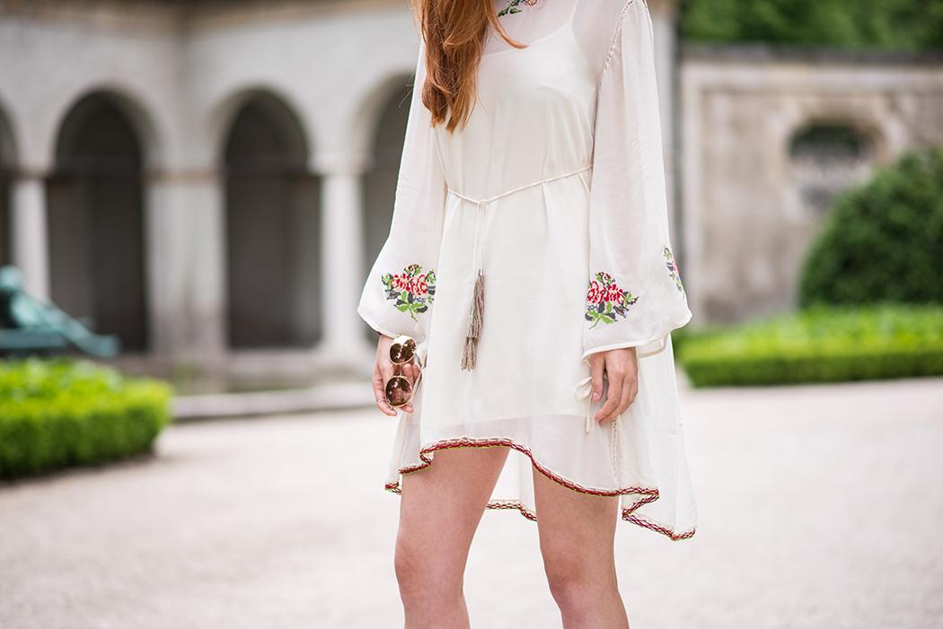 Twin-Set-Hippie-Kleid-Valentino-Rockstuds-Heels-Rote-Haare-Blogger-Linda-Rella-Fashionblog-Fashionblogger-Blog-Lifestyle-Linda-Fashion-3