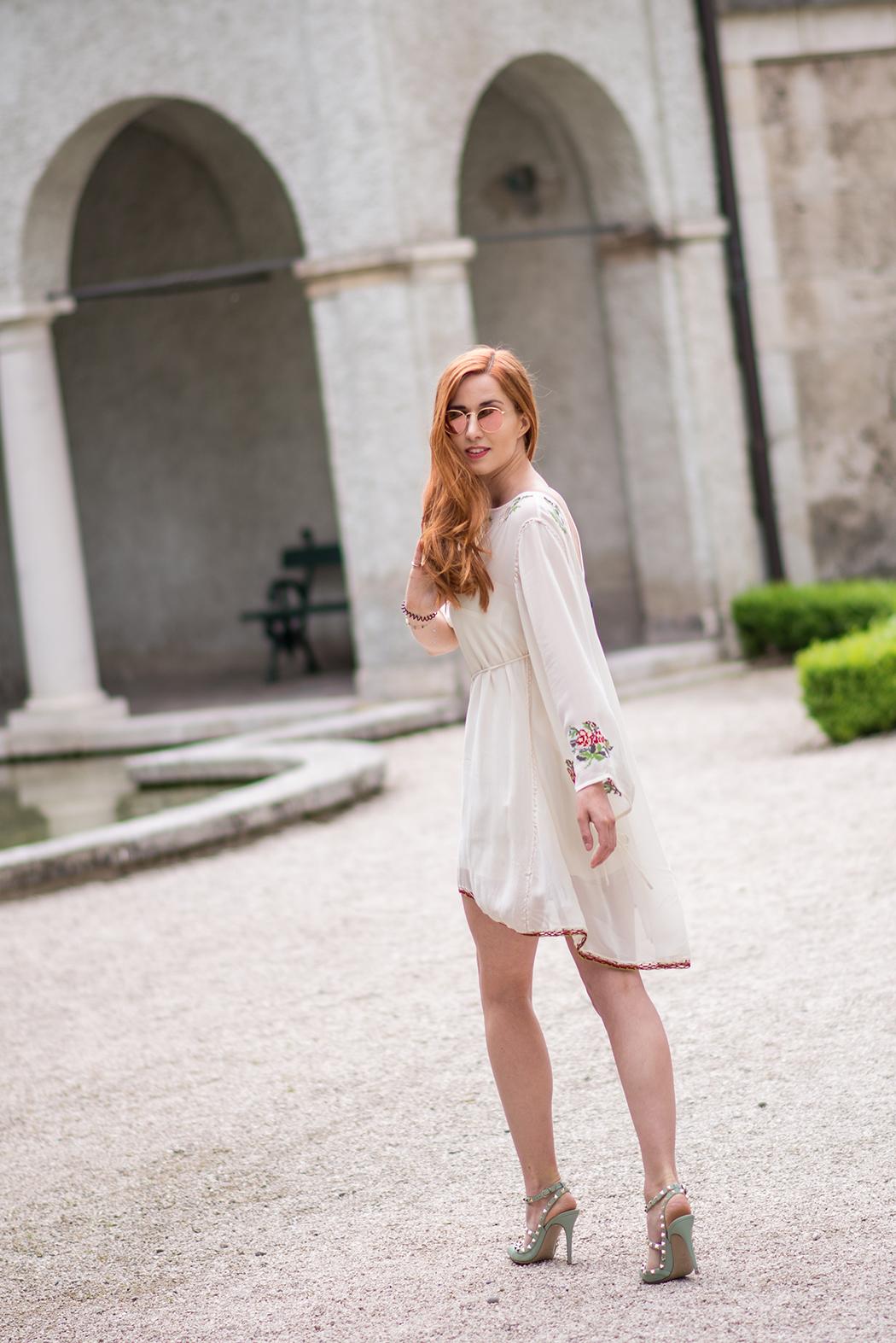 Twin-Set-Hippie-Kleid-Valentino-Rockstuds-Heels-Rote-Haare-Blogger-Linda-Rella-Fashionblog-Fashionblogger-Blog-Lifestyle-Linda-Fashion-5