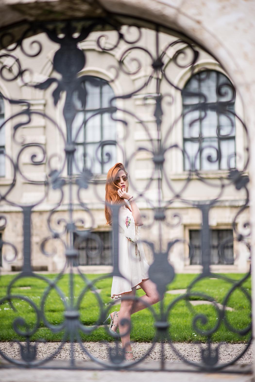 Twin-Set-Hippie-Kleid-Valentino-Rockstuds-Heels-Rote-Haare-Blogger-Linda-Rella-Fashionblog-Fashionblogger-Blog-Lifestyle-Linda-Fashion-8