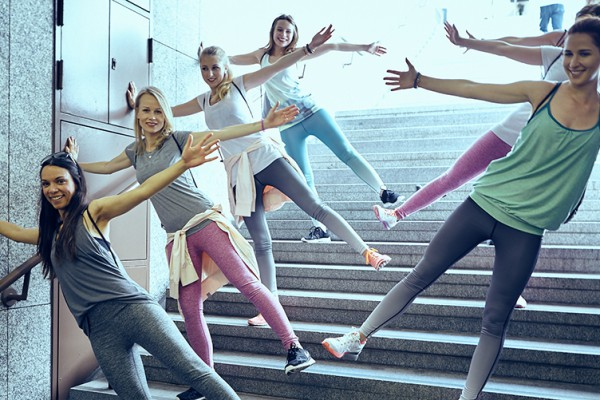2015-06-26-Bench-Urban-Yoga-mit-Amiena 384