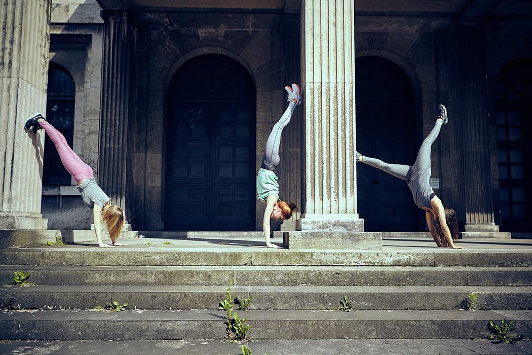2015-06-26-Bench-Urban-Yoga-mit-Amiena 438