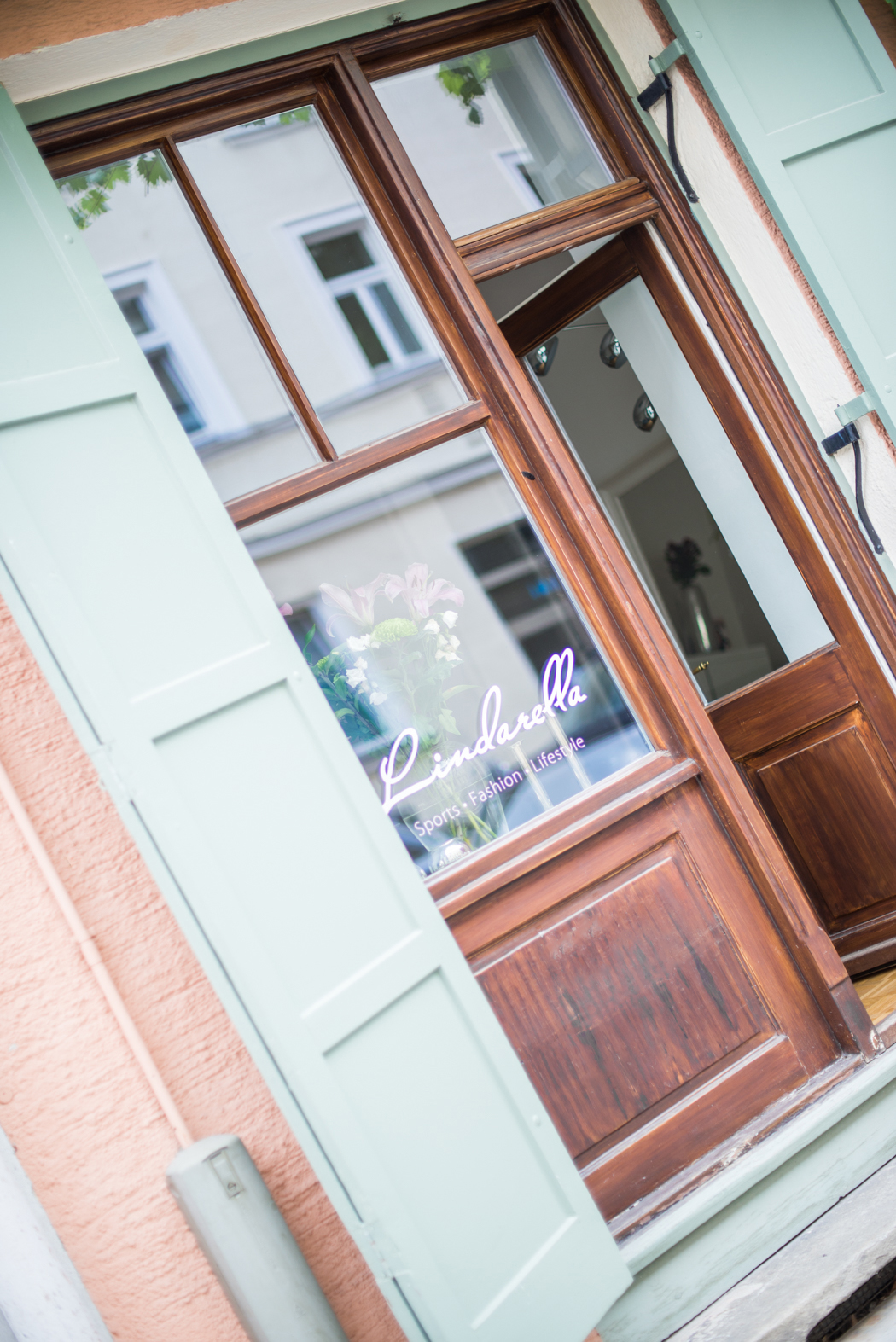 Fashionblog-Fashionblogger-Fashion-Blog-München-Deutschland-Munich-Lindarella-Linda-Rella-Büro-Arbeitszimmer-Interior-Interieur-Office-10