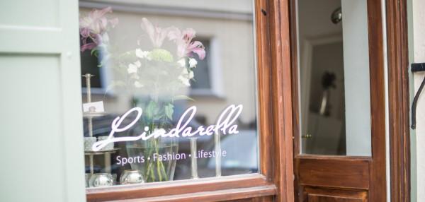 Fashionblog-Fashionblogger-Fashion-Blog-München-Deutschland-Munich-Lindarella-Linda-Rella-Büro-Arbeitszimmer-Interior-Interieur-Office-11