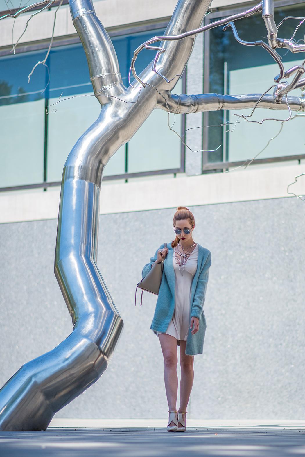 Fashionblog-Fashionblogger-Fashion-Blog-Blogger-Lifestyle-Lindarella-Linda-Rella-Acne-Kaschmirjacke-mint-tuerkis-Dior-so-real-Celine_Belt_Bag-Céline_Tasche-24-web