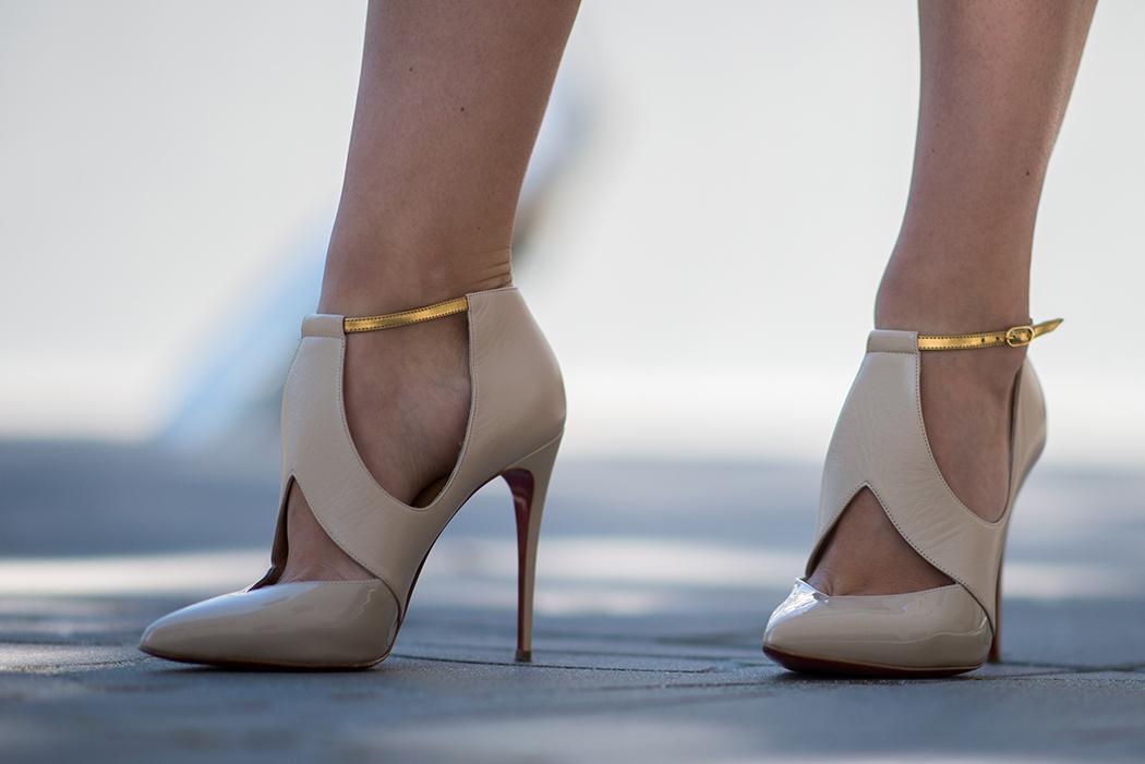 Fashionblog-Fashionblogger-Fashion-Blog-Blogger-Lifestyle-Lindarella-Linda-Rella-Acne-Kaschmirjacke-mint-tuerkis-Dior-so-real-Celine_Belt_Bag-Céline_Tasche-26-web