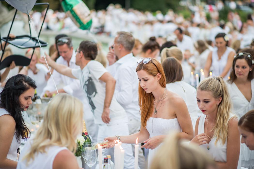 Fashionblog-Fashionblogger-Fashion-Blog-München-Deutschland-Munich-Lindarella-Linda-Rella-Lifestyle-Diner_en_Blanc_München_2015-1