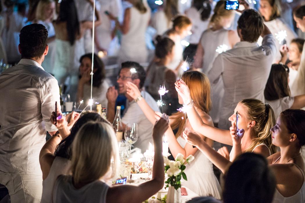 Fashionblog-Fashionblogger-Fashion-Blog-München-Deutschland-Munich-Lindarella-Linda-Rella-Lifestyle-Diner_en_Blanc_München_2015-14