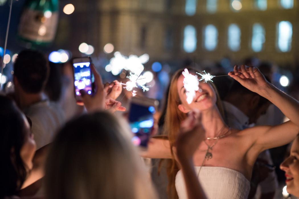Fashionblog-Fashionblogger-Fashion-Blog-München-Deutschland-Munich-Lindarella-Linda-Rella-Lifestyle-Diner_en_Blanc_München_2015-16