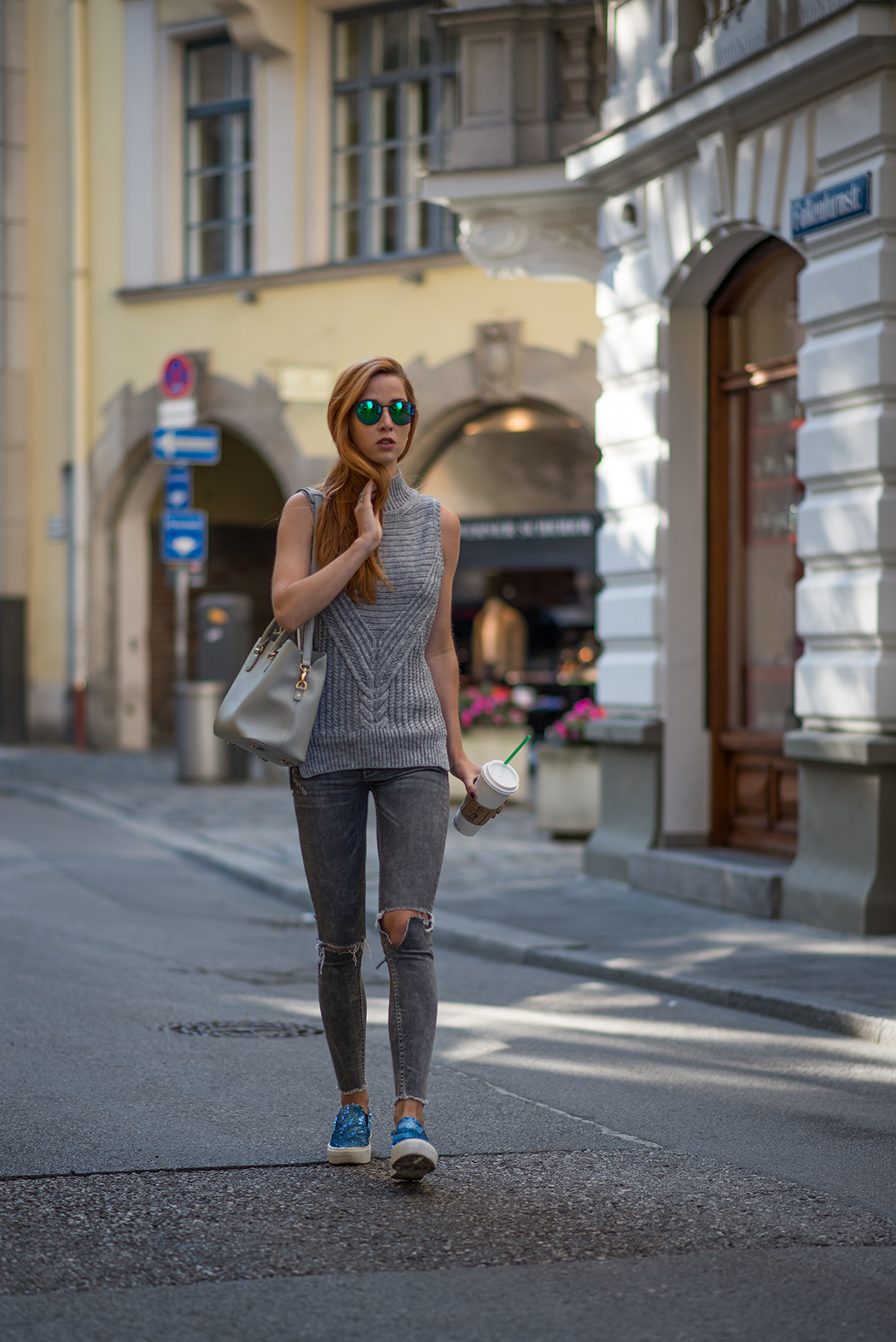 Fashionblog-Fashionblogger-München-Deutschland-Fashion-Blog-Lifestyle-Lindarella-Linda-Rella-Rollkragen-Pollunder-grau-Pinko-Pailletten-Espadrilles-Any-Di-1-web