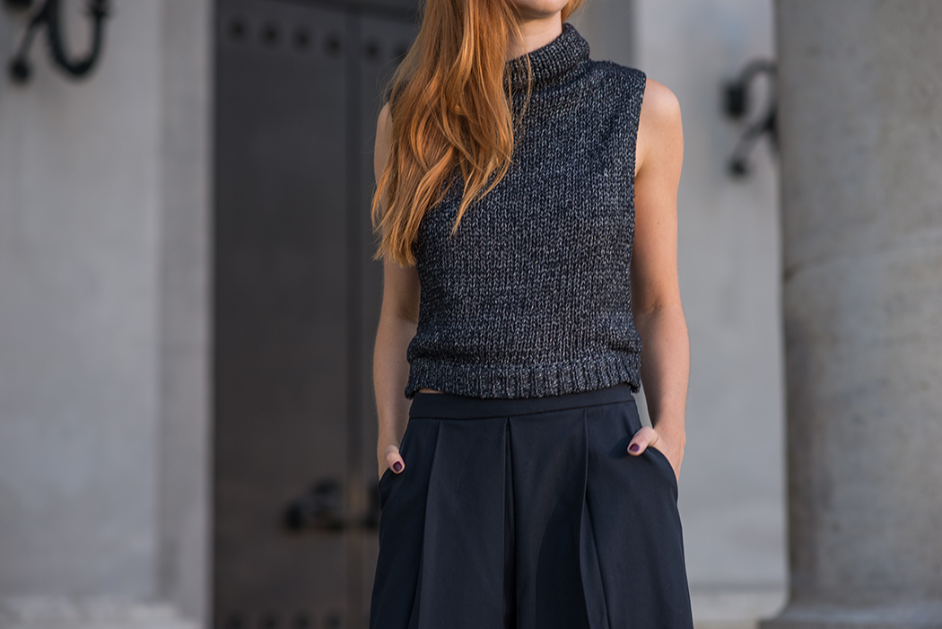 Fashionblog-Fashionblogger-München-Deutschland-Fashion-Blog-Lifestyle-Lindarella-Linda-Rella-Rollkragen-Pollunder-Strick-Palazzo-Hose-Louboutin-Heels-5-web