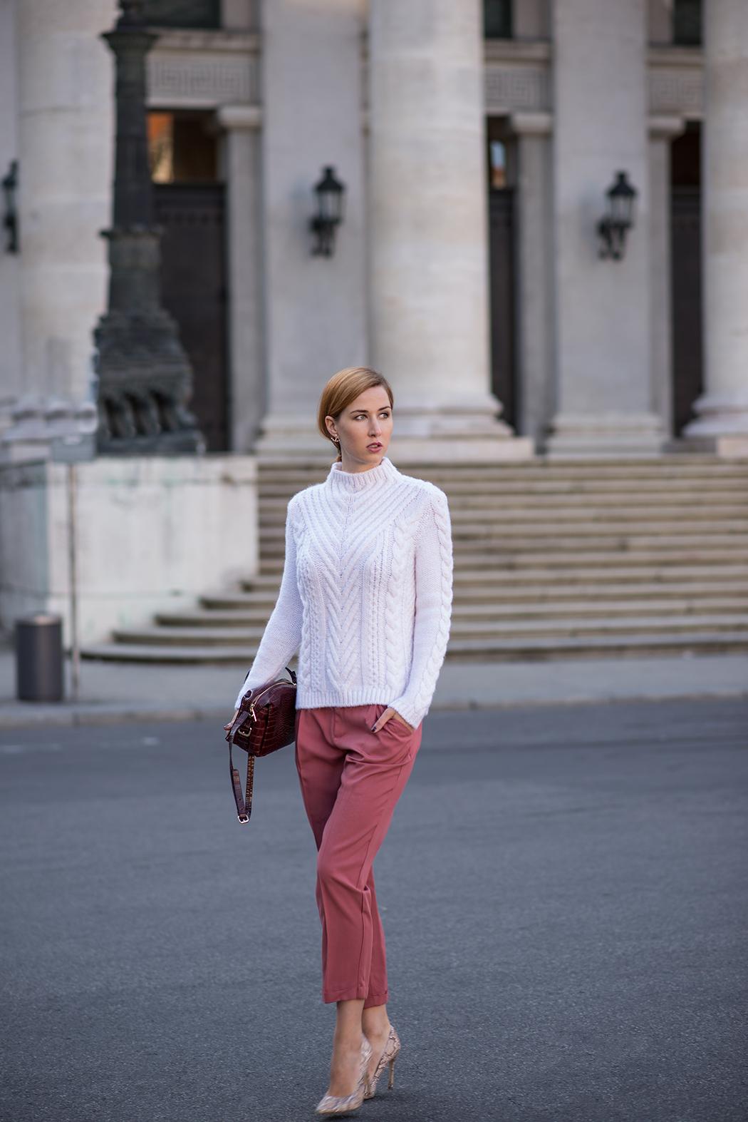 Fashionblog-Fashionblogger-München-Deutschland-Fashion-Blog-Lifestyle-Lindarella-Linda-Rella-Rollkragen_Pullover_weiß-Zara-2-web