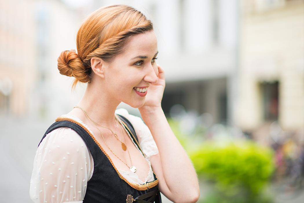 Fashionblog-Fashionblogger-Fashion-Blog-Blogger-Lifestyle-Wiesn-Tracht-Dirndl-Linda-Lindarella-München-Deutschland-9-web