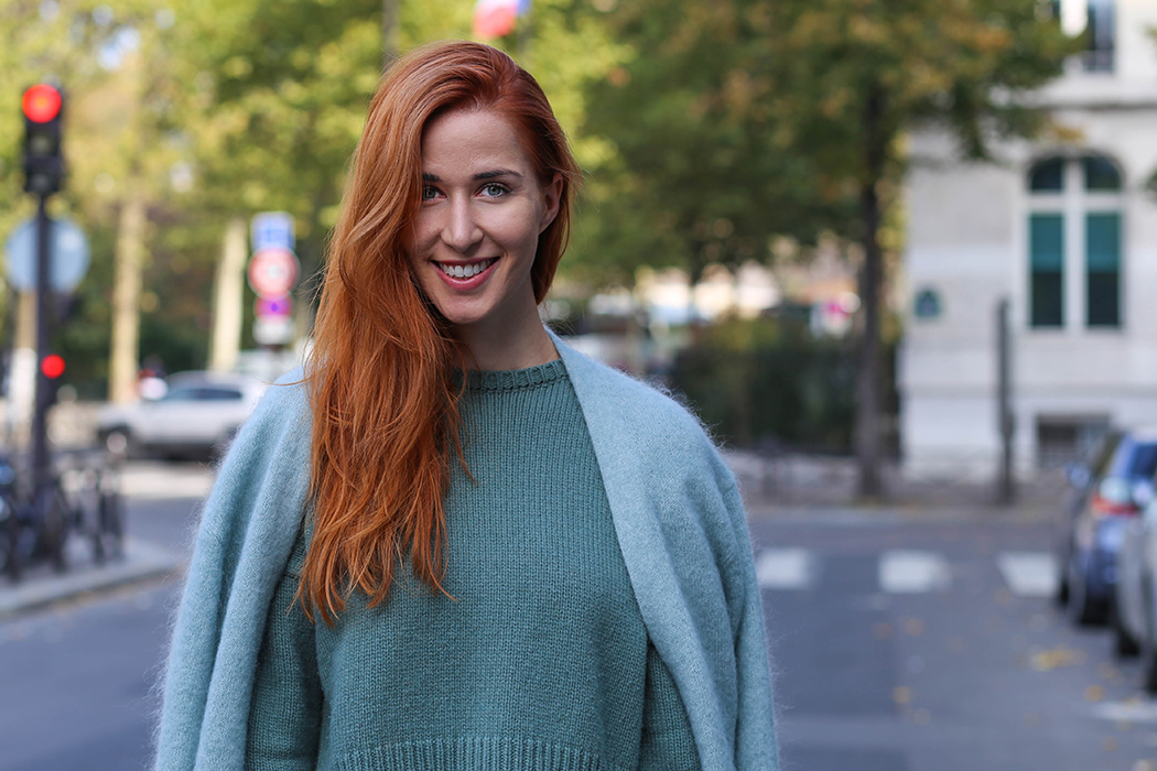 Fashionblog-Fashionblogger-Blog-Blogger-Fashion-Lifestyle-Lindarella-Paris-Fashion_Week-Tods-Cape-Medium-Black-AnniP-5-web