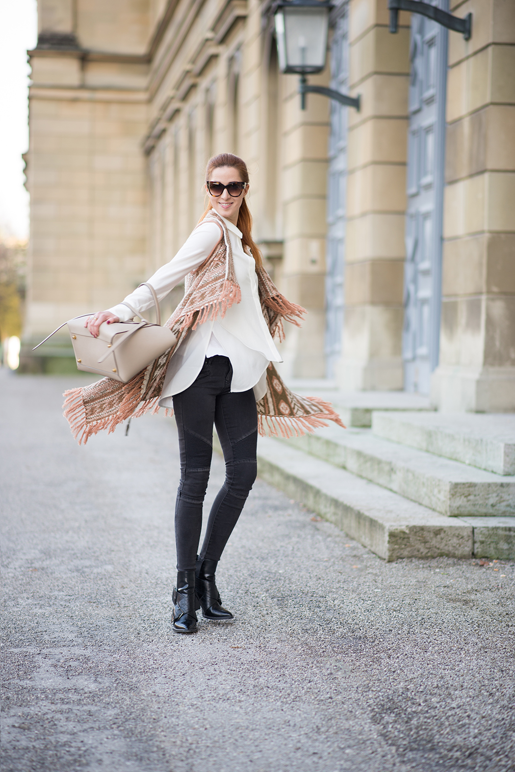 Fashionblog-Fashionblogger-Fashion-Blog-Blogger-Lifestyle-Céline_Belt_Bag-beige-REVIEW-Tom-Ford-Sonnenbrille-Cateye-Lindarella-6-web