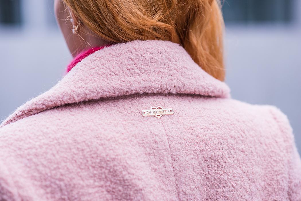 Fashionblog-Fashionblogger-Fashion-Blog-Blogger-Lifestyle-Chloe_Hudson-Twin-Set-rosa-Mantel-IRO-pink-pullover-erdbeerblond-10-web