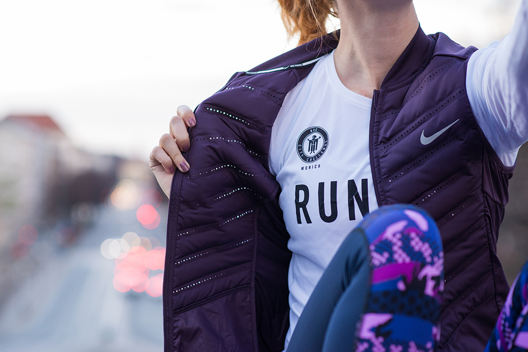 Fitnessblog-Fitnessblogger-Fitness-Blog-Blogger-Running-Nike-Hyperwarm-NRC-Munich-Runner-1-web