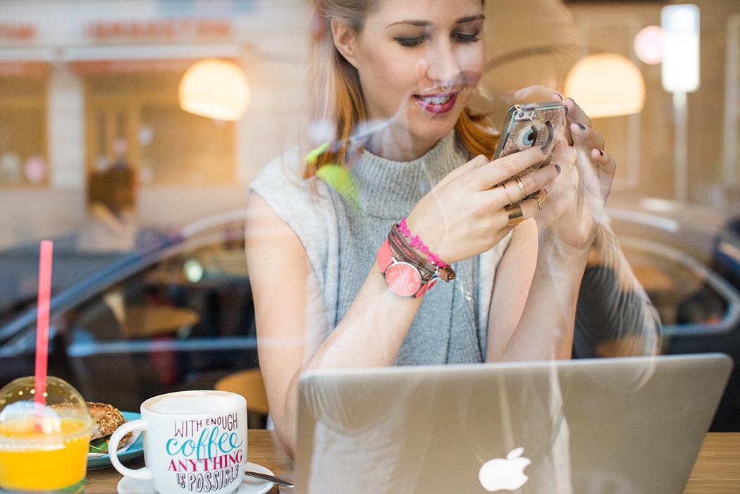 Fitnessblog-Fitnessblogger-Fitness-Blog-Lindarella-Lifestyle-Aktivitätstracer-Vergleich-Withings-Inspire-Health-Activité-Pop-pink-4-web