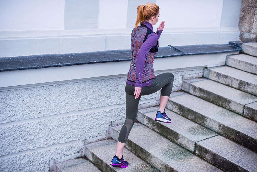 Fitnessblog--Fitnessblogger-Fitness-Blog-Blogger-Running-Nike-Flash-Kollektion-Munich-Deutschland-Muenchen-Lindarella-1-w