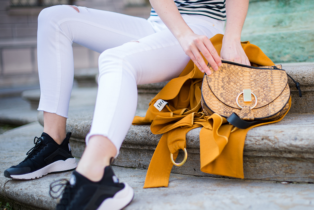 Fashionblog-Fashionblogger-Fashion-Blog-Blogger-Muenchen-Berlin-Edited_the_Label-Chloe_Goldie-Bag-Python-9-web