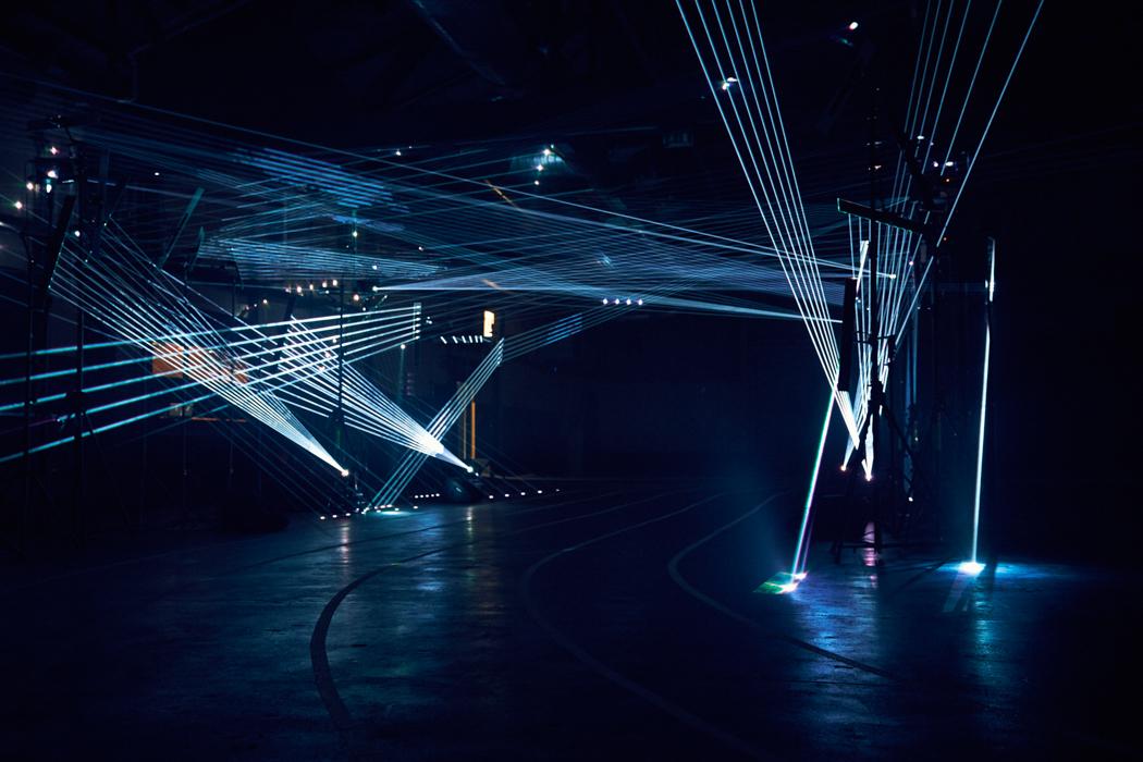 NIKE_LE_Laser Show_D_009