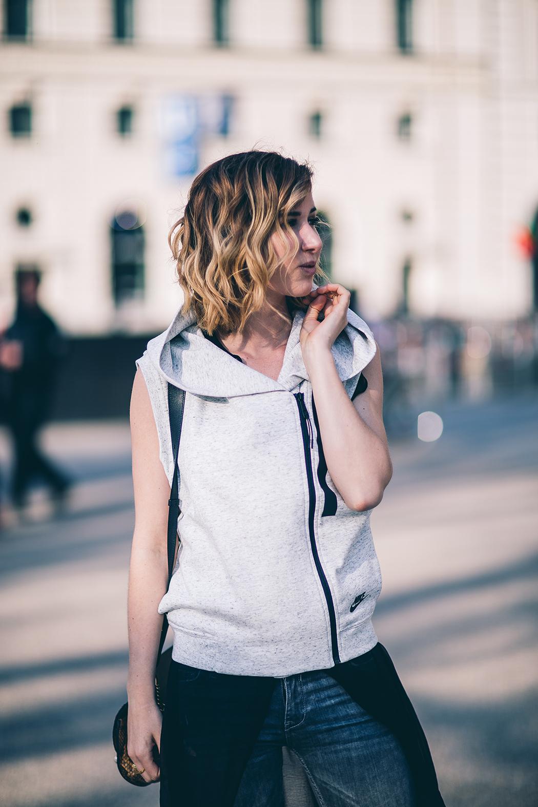 Fashionblog-Fashionblogger-Fashion-Blog-Blogger-Muenchen-Berlin-Kerastase-Nutrive-Test-Empfehlung-Beautyblogl-Lindarella-Erfahrung-Salon_Pauli20160404_0008