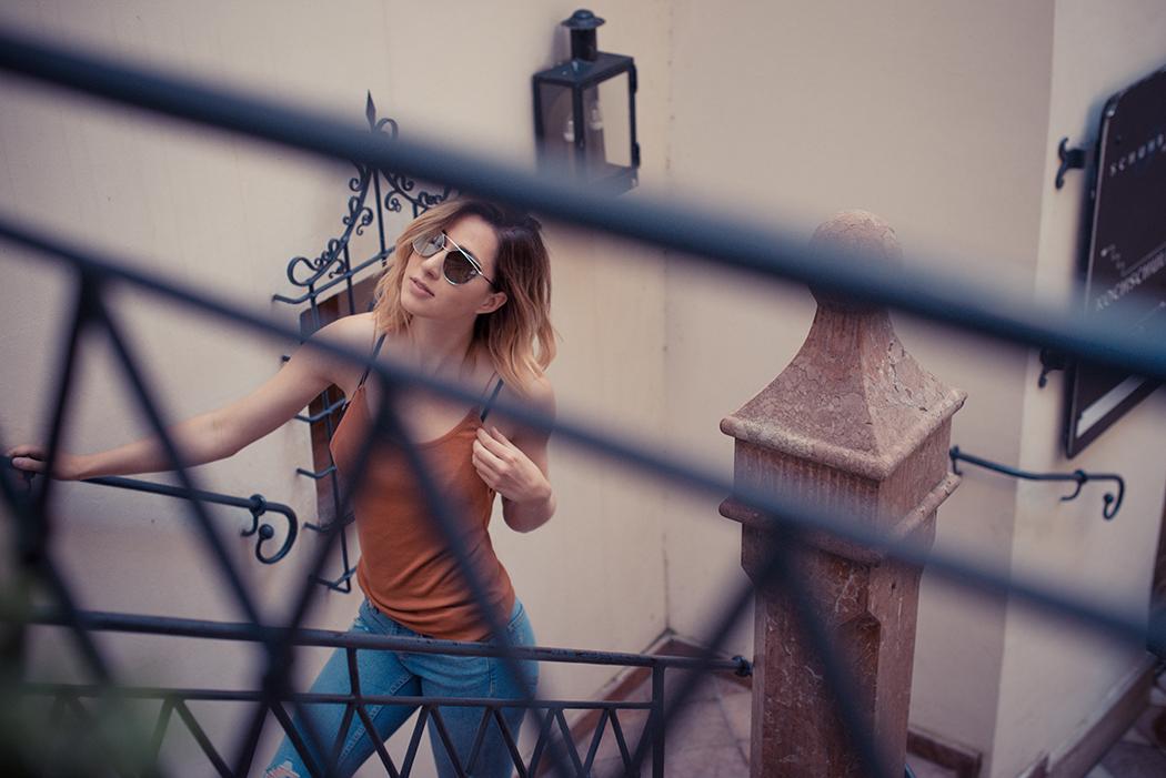 Fashionblog-Fashionblogger-Fashion-Blog-Blogger-Muenchen-Lindarella-Dior_lookalike-avanityaffair-verspiegelte-Sonnenbrille-silber-2