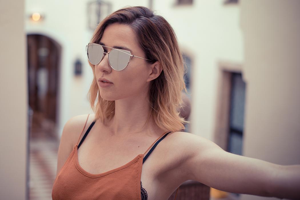Fashionblog-Fashionblogger-Fashion-Blog-Blogger-Muenchen-Lindarella-Dior_lookalike-avanityaffair-verspiegelte-Sonnenbrille-silber-4