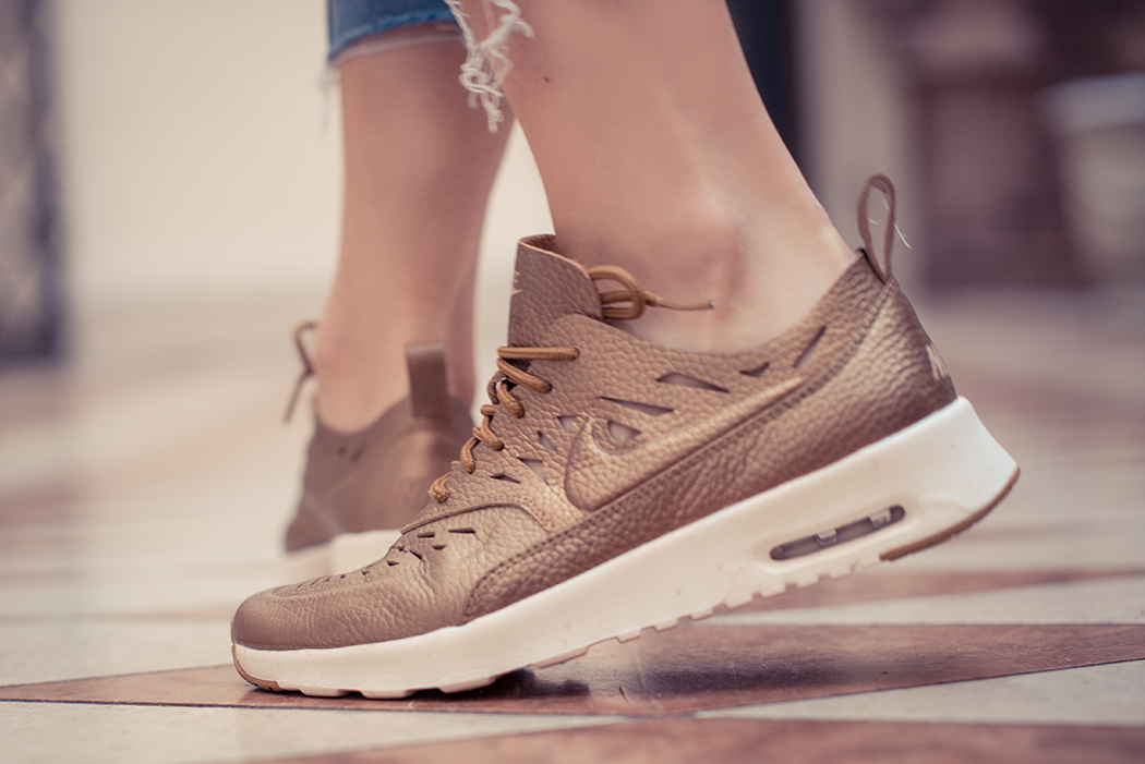 Fashionblog-Fashionblogger-Fashion-Blog-Blogger-Muenchen-Lindarella-Air_Max-Thea-Joli-bronze-Cut-out-Lasercut-Sneaker-8