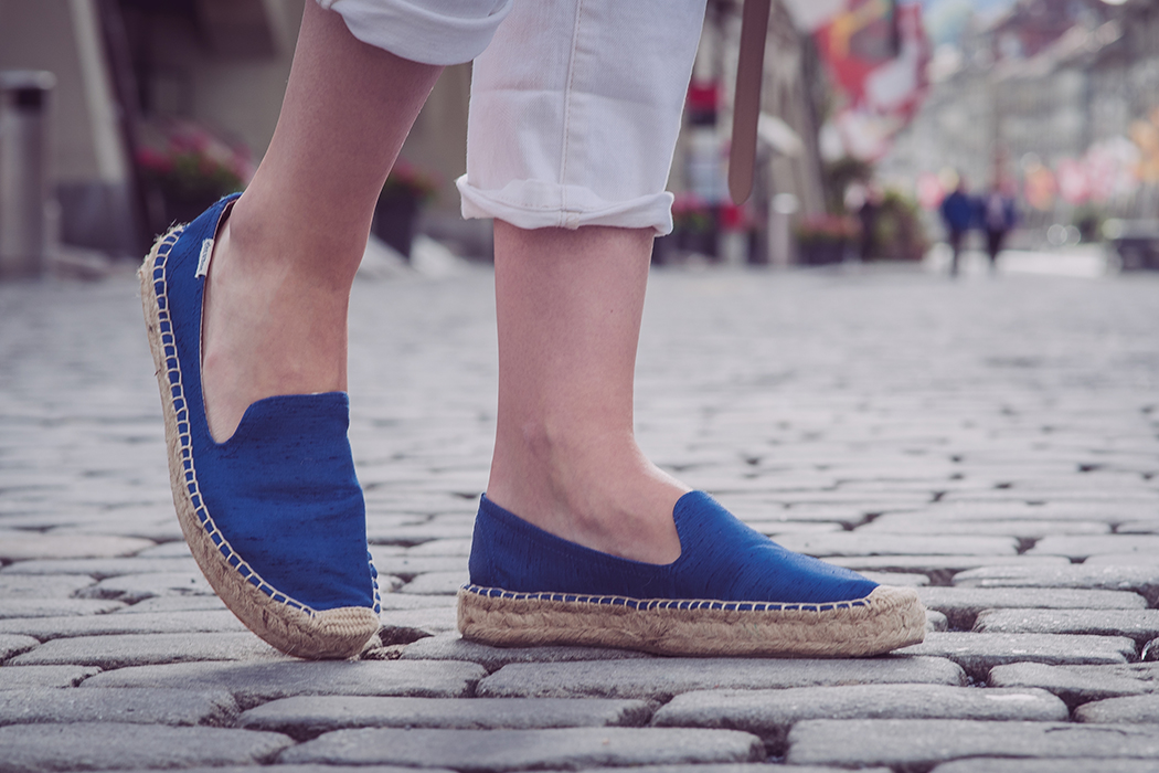 Fashionblog-Fashionblogger-Fashion-Blog-Blogger-Muenchen-Deutschland-Lindarella-The_Outnet-Celine-Bag-Overshoulder-Bluse-11-web