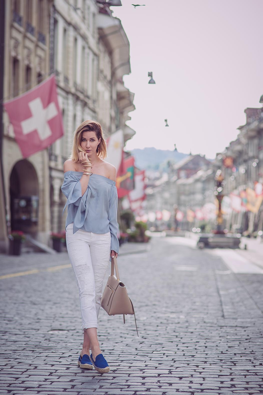 Fashionblog-Fashionblogger-Fashion-Blog-Blogger-Muenchen-Deutschland-Lindarella-The_Outnet-Celine-Bag-Overshoulder-Bluse-2-web